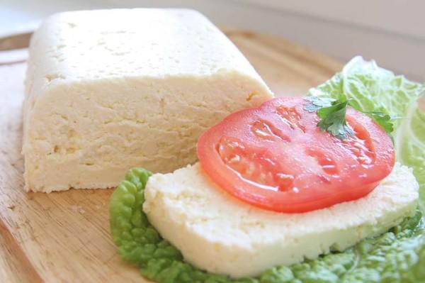 Адигейський сир в домашніх умовах: рецепти з фото і відео