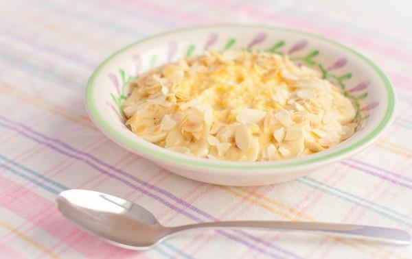Каша кукурудзяна на молоці: рецепти приготування з фото