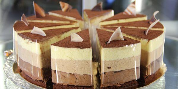 Торт «Три шоколаду»: рецепт покроково з фото і відео